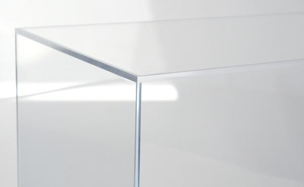 travail du verre collage uv fa onnage verre sablage. Black Bedroom Furniture Sets. Home Design Ideas
