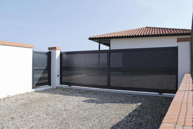 fermeture b timent menuiserie porte volet porte garage marquise portail s paration balcon. Black Bedroom Furniture Sets. Home Design Ideas
